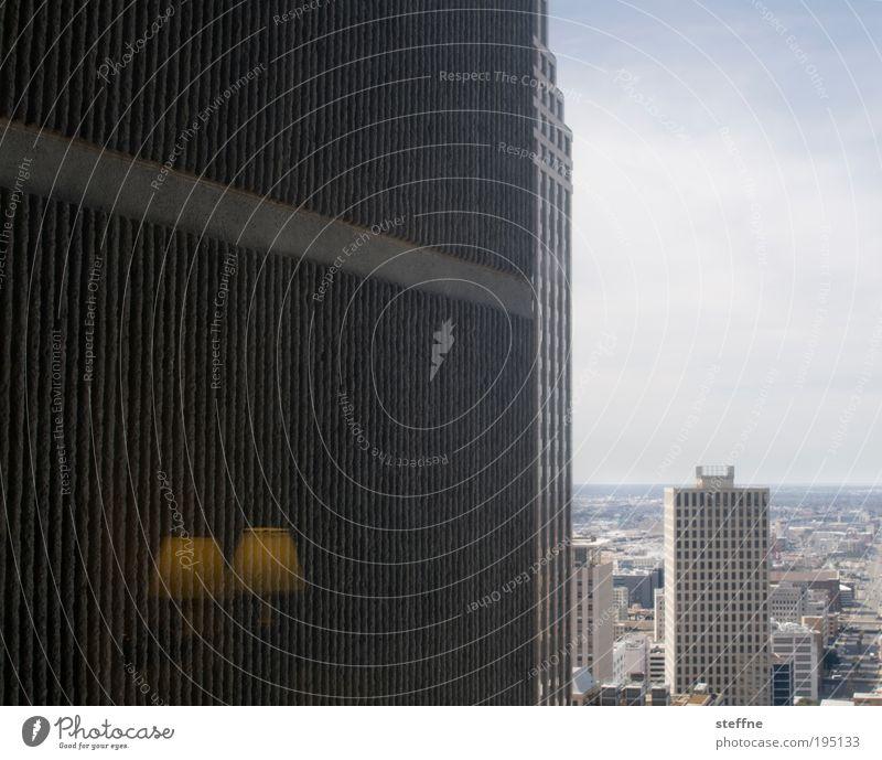 2. Advent New Orleans USA Stadtzentrum Skyline bevölkert Hochhaus Hotel Hotelzimmer Lampe Lampenschirm Reflexion & Spiegelung Farbfoto Gedeckte Farben
