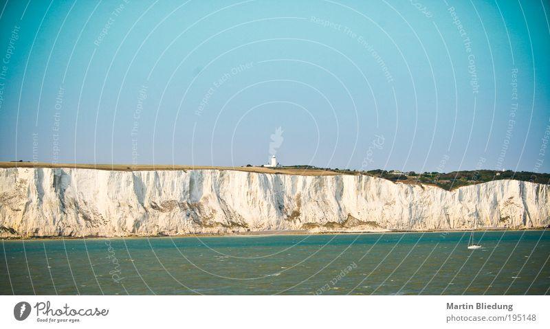 blau Wasser Ferien & Urlaub & Reisen grün weiß Meer Erholung gelb Umwelt Bewegung Küste Stein springen gold groß authentisch