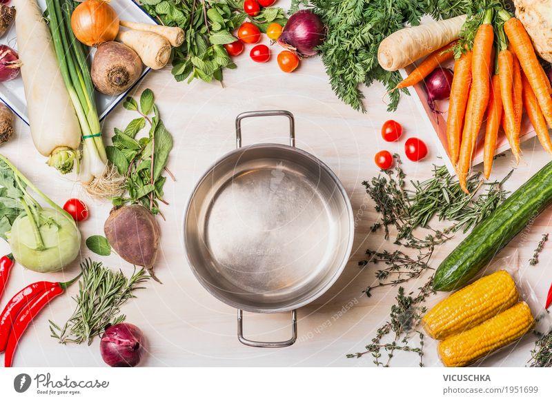 Leere Kochtopf und Bio-Gemüse Auswahl Lebensmittel Suppe Eintopf Ernährung Mittagessen Abendessen Bioprodukte Vegetarische Ernährung Diät Geschirr Topf Stil