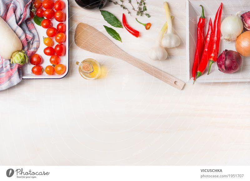 Würzig kochen Gesunde Ernährung weiß Foodfotografie Leben Gesundheit Stil Lebensmittel Design Häusliches Leben Tisch Kräuter & Gewürze kochen & garen Küche