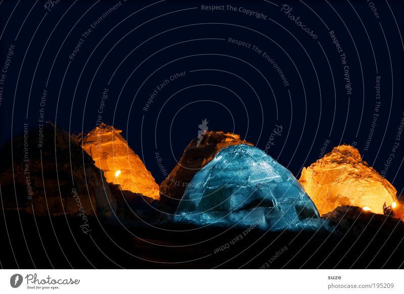 Kunstlicht Abenteuer Expedition Schnee Natur Landschaft Klima Eis Frost Wärme frieren leuchten kalt Spitze Schutz Geborgenheit Hoffnung Iglu Zufluchtsort