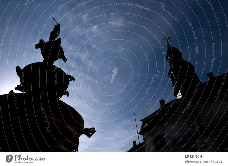 LG Markt-Silhouette Himmel Sonne blau Ferien & Urlaub & Reisen schwarz Wolken dunkel Architektur Wetter Umwelt Fassade Ausflug Tourismus Kultur Brunnen