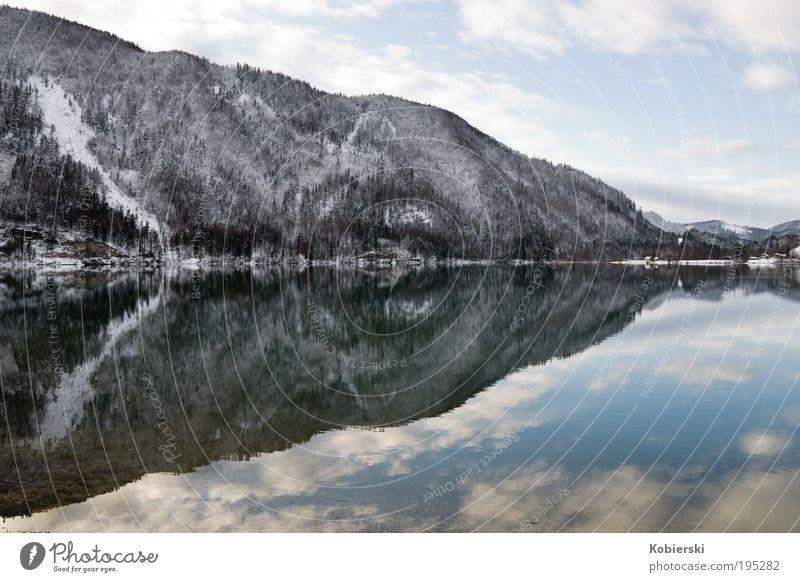 Hintersee Natur Wasser schön Winter Wolken Einsamkeit Erholung Berge u. Gebirge See Landschaft Eis Zufriedenheit Umwelt Frost Tourismus Sauberkeit