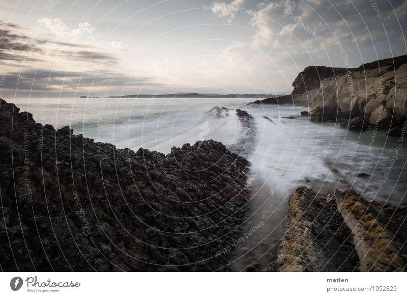 Seeweg Natur Landschaft Wasser Himmel Wolken Horizont Wetter Schönes Wetter Felsen Wellen Küste Strand Riff Meer Menschenleer eckig fantastisch gigantisch blau