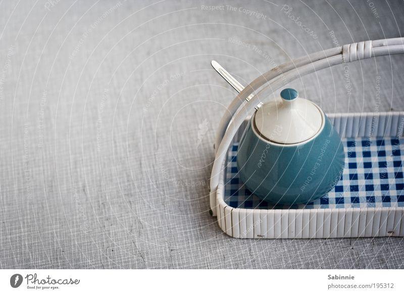 Versüßungsoption blau Stil Deutschland Lebensmittel Tisch retro Dekoration & Verzierung Häusliches Leben Siebziger Jahre Zucker Sechziger Jahre kariert Besteck