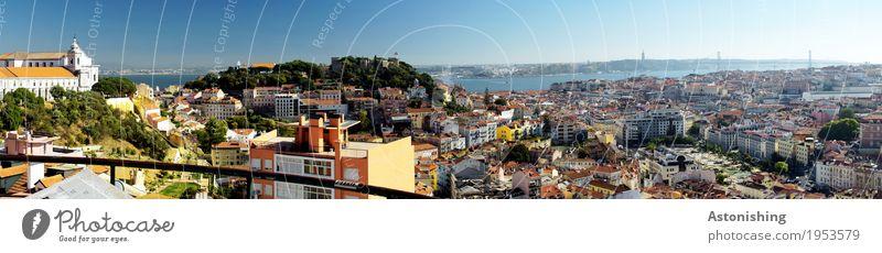 Lissabon im Panorama blau Sommer Stadt Baum rot Haus Wärme Umwelt hell Horizont Wetter Luft Aussicht Schönes Wetter Brücke Hügel