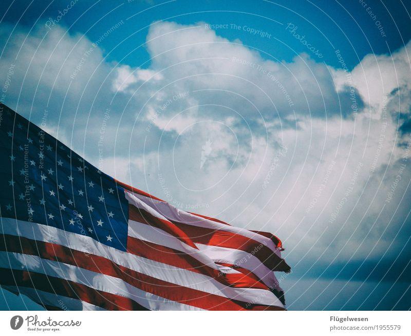 Amerika wohin? [1] Ferien & Urlaub & Reisen Wolken Ferne Bewegung Freiheit Tourismus Ausflug Wind USA Zukunft Abenteuer Fahne Stars and Stripes Sightseeing