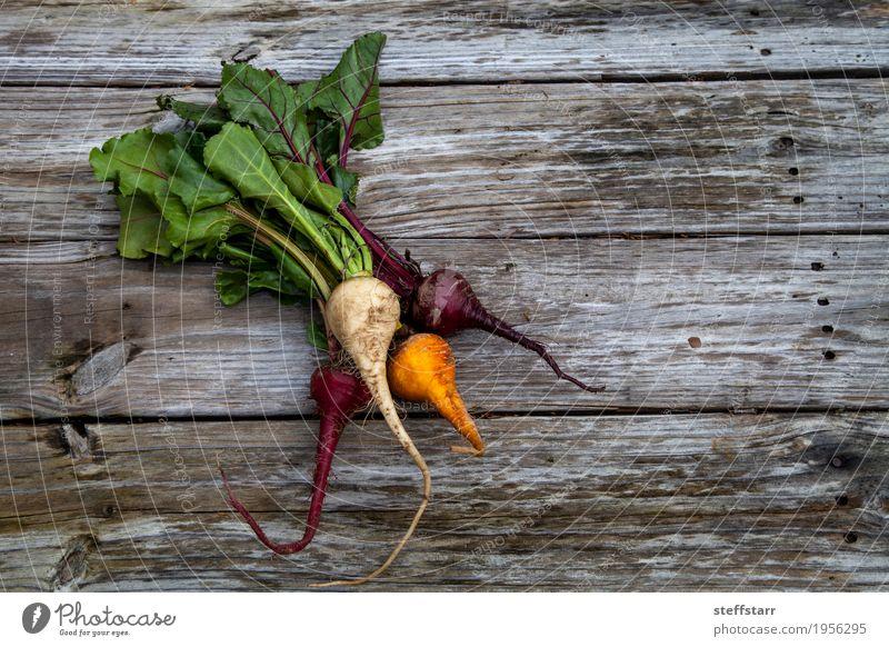 Rote, orange und gelbe rote Rüben Lebensmittel Gemüse Ernährung Essen Bioprodukte Vegetarische Ernährung Gesundheit Gesunde Ernährung Tisch Pflanze Nutzpflanze