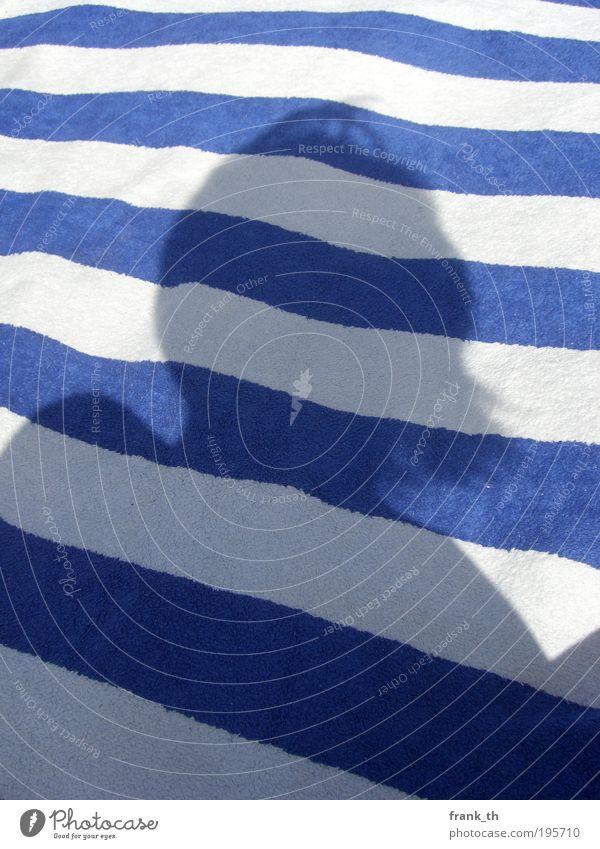 silhouette Haare & Frisuren harmonisch Ferien & Urlaub & Reisen Sommer Sommerurlaub Strand Kopf 1 Mensch Zeichen Linie Streifen Blick Wachstum authentisch Ferne