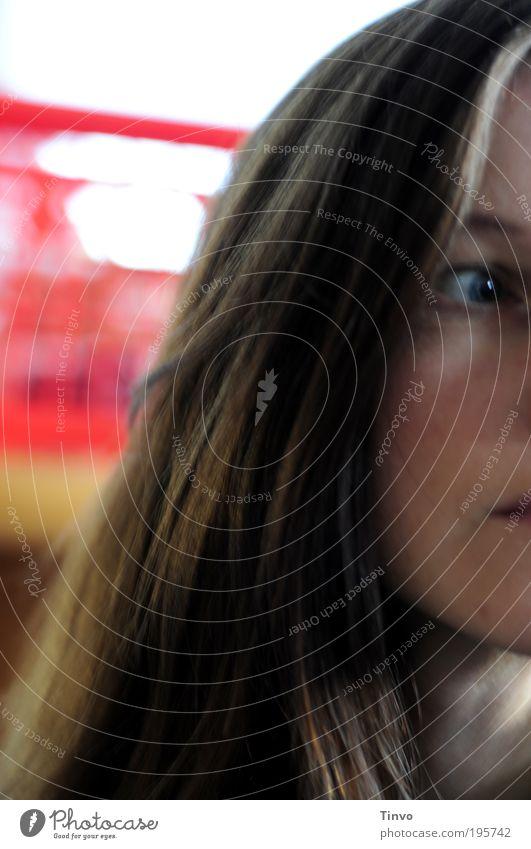 was kommt und bleibt ist die Unendlichkeit feminin Frau Erwachsene Kopf Haare & Frisuren Gesicht Auge 1 Mensch brünett langhaarig rot Gefühle Stimmung Müdigkeit