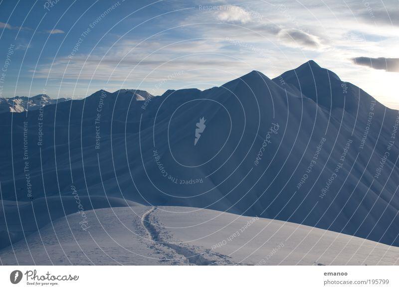 Hochtour Winter Schnee Winterurlaub Berge u. Gebirge wandern Sport Wintersport Skifahren Skier Skipiste Natur Landschaft Wasser Klima Wetter Eis Frost Alpen