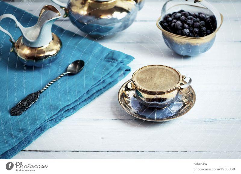 Tasse Espresso schwarzer Kaffee Frucht Dessert Marmelade Frühstück Getränk Heißgetränk Teller Becher Löffel Lifestyle Tisch Küche Holz frisch heiß lecker oben