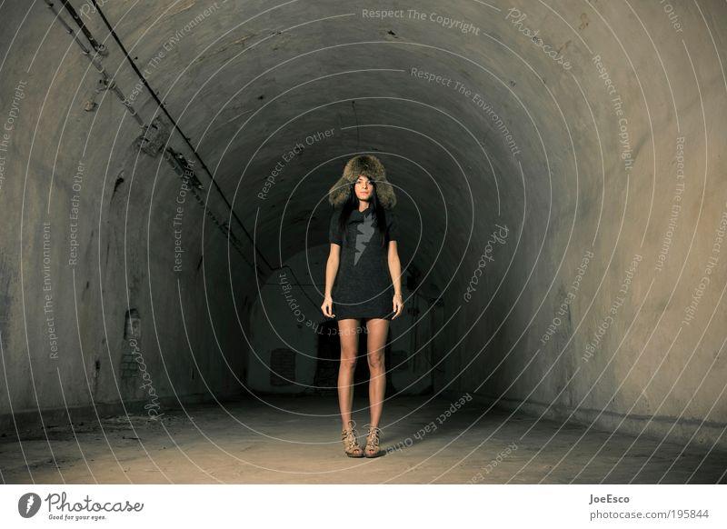 in the middle of something... Stil schön Nachtleben ausgehen clubbing Feste & Feiern feminin Frau Erwachsene Leben 1 Mensch Ruine Tunnel Mauer Wand Mode Kleid