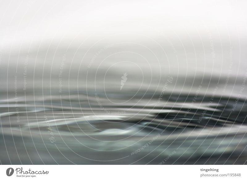 flüssig blau Wasser weiß schwarz dunkel kalt Wellen nass trist Coolness Reinigen einfach Unendlichkeit Flüssigkeit Körperpflege Meerestiefe