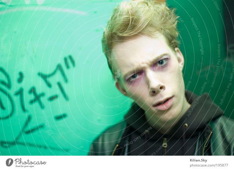 Glamour Gothic Stoner Zombie Mensch Jugendliche Gesicht Auge Kopf Erwachsene Haare & Frisuren blond maskulin ästhetisch verrückt Studium Coolness 18-30 Jahre