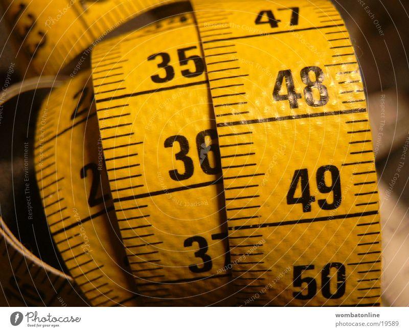 Das Mass der Dinge Ziffern & Zahlen Handwerk Meter Skala Größe Maßband Länge