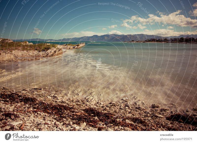 Kaikoura northern bay Natur Meer Strand Berge u. Gebirge Bewegung Zufriedenheit Stimmung Kraft Wellen Küste Umwelt Felsen Sicherheit ästhetisch Alpen