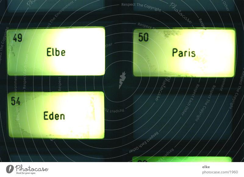 von der Elbe bis Paris Schriftzeichen Ziffern & Zahlen Buchstaben Hotel Dienstleistungsgewerbe Wort Telefongespräch Neonlicht