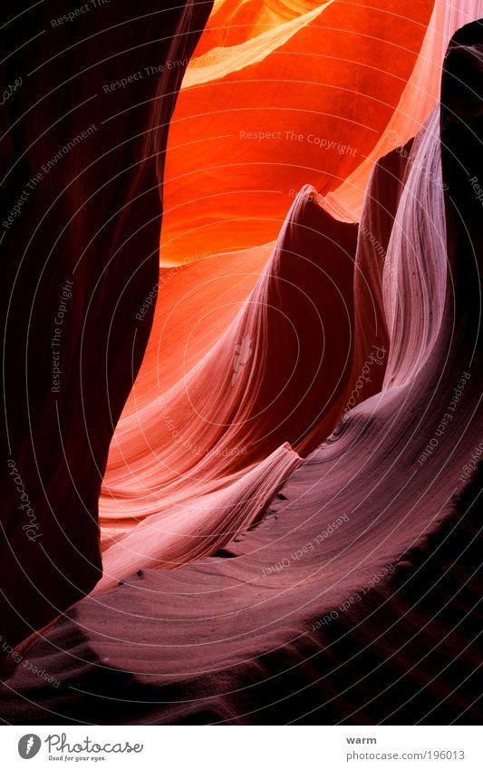 Antelope Canyon Natur rot ruhig gelb Landschaft braun Berge u. Gebirge gold Erde violett Warmherzigkeit Schlucht Licht mehrfarbig