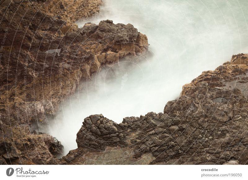 New Zealand XVIII Umwelt Natur Urelemente Erde Wasser Klima Klimawandel Wetter Felsen Wellen Küste Strand Bucht Riff Meer Bewegung toben alt bedrohlich