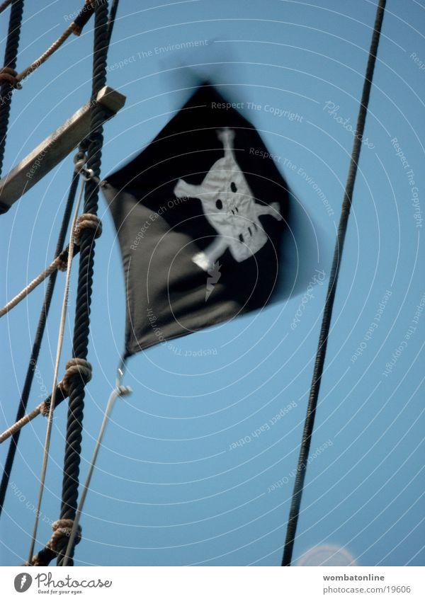 Jolly Roger Wasserfahrzeug Wind Fahne obskur Pirat Schädel