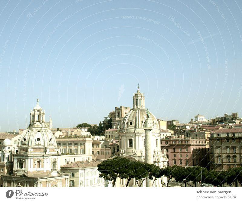 kulisse Rom Italien Hauptstadt Stadtzentrum Altstadt Skyline Haus Kirche Bauwerk Gebäude Architektur Fassade Sehenswürdigkeit Wahrzeichen Denkmal Warmherzigkeit
