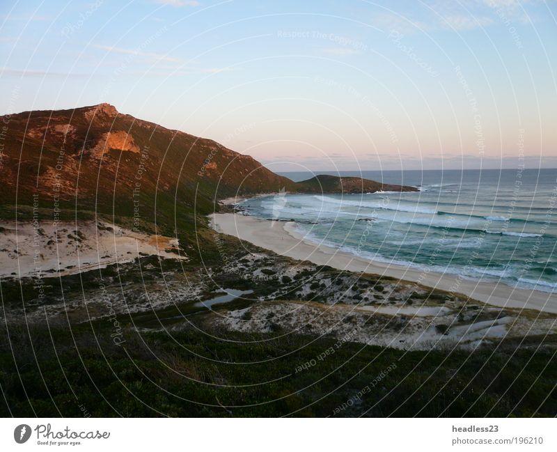 Sonnenuntergang an einem einsamen Strand in Südaustralien Natur Landschaft Sand Wasser Sonnenaufgang Gras Wellen Küste Bucht Stimmung Warmherzigkeit Romantik