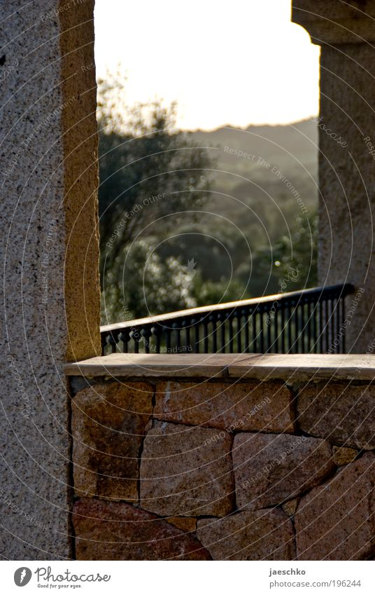 Sommer vorm Balkon Natur Ferien & Urlaub & Reisen ruhig Erholung Ferne Landschaft Wand Mauer Stein Zufriedenheit Tourismus Idylle Italien Hügel Hotel