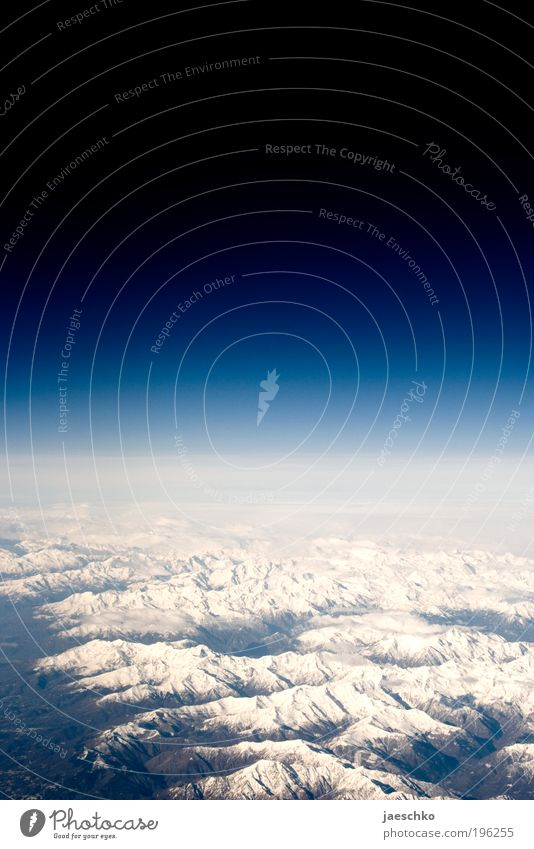 All die Berge... Natur Himmel Ferne Schnee Berge u. Gebirge Landschaft Luft Eis Erde Flugzeug frei hoch ästhetisch Frost Klima Alpen