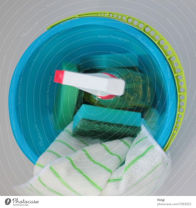 Frühjahrsputz ... Eimer Schwamm Reinigungsmittel Putztuch Kunststoff Arbeit & Erwerbstätigkeit authentisch einzigartig blau gelb grün rot weiß Tatkraft