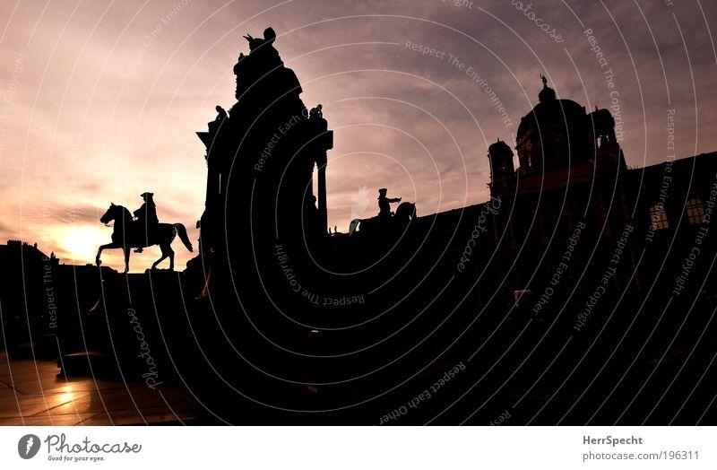Die Kaiserin als Scherenschnitt schwarz Park Architektur Europa Statue Denkmal Bauwerk Wahrzeichen Österreich König Wien Hauptstadt Sehenswürdigkeit Altstadt