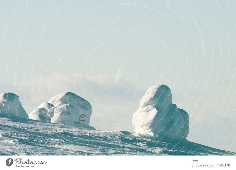 luosto IV Natur Ferien & Urlaub & Reisen weiß Wolken ruhig Ferne Winter Berge u. Gebirge kalt Schnee Tourismus Ausflug Hügel Unendlichkeit Gelassenheit fest