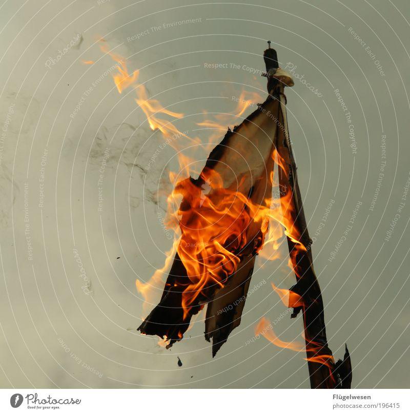 Es war doch nur eine Karikatur... dunkel Lifestyle Kunst Nebel Freizeit & Hobby Lebensfreude bedrohlich kaputt Feuer Bildung Fahne Rauch Duft Konflikt & Streit