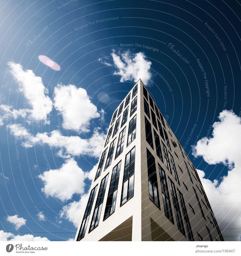 Sonnenseite Haus Wolken Arbeit & Erwerbstätigkeit Fenster Gebäude Business Architektur groß Hochhaus hoch Fassade modern neu Bankgebäude Geldinstitut