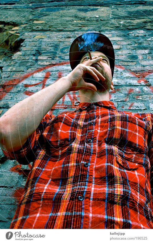 zufälligerweise Mensch Jugendliche Erwachsene Leben Graffiti Stil Freizeit & Hobby Haut maskulin Design Lifestyle Coolness 18-30 Jahre Rauchen Junger Mann Hemd