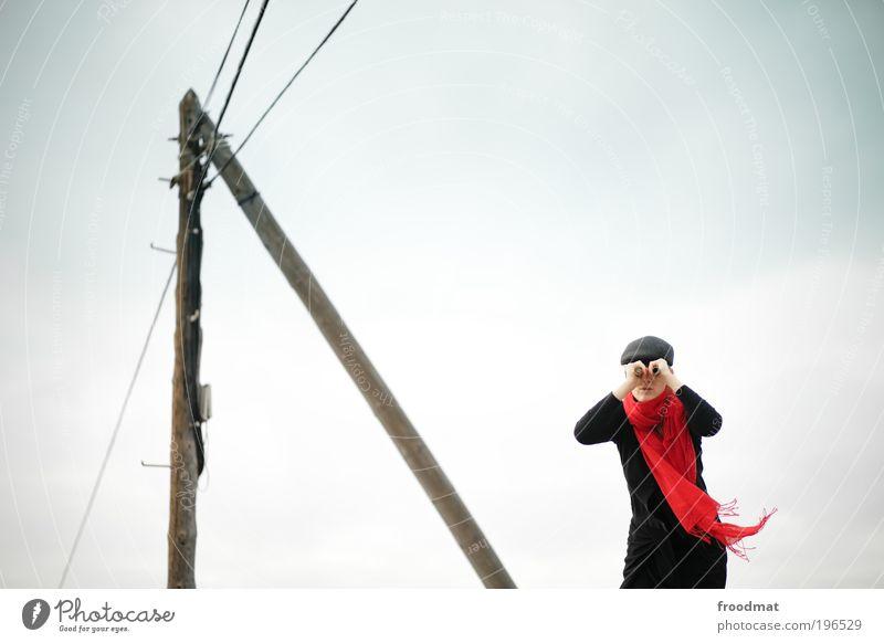 fernsehen Mensch Energie authentisch Suche Perspektive Zukunft Coolness retro Kommunizieren beobachten Fernsehen Konzentration entdecken Mut Strommast trendy