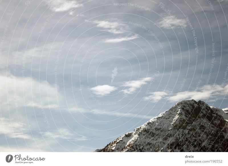 Dort oben... Natur Himmel weiß blau Winter ruhig Wolken Schnee Berge u. Gebirge grau Landschaft Luft hell Kraft frei Felsen