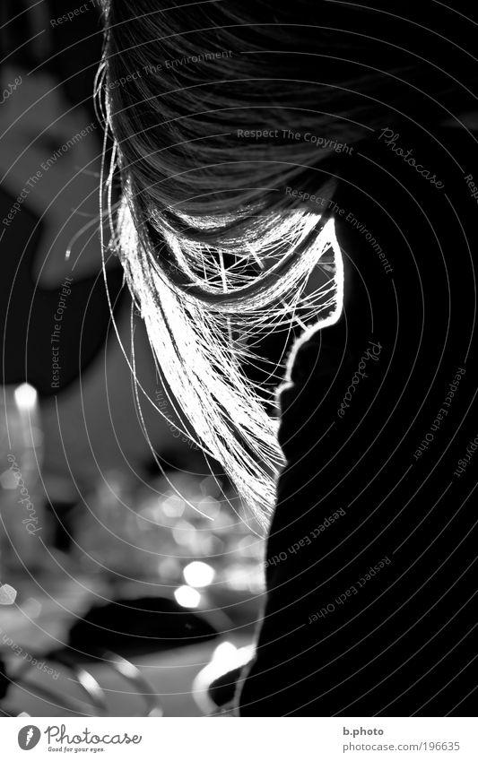 Shiny Hair schön Haare & Frisuren Mensch feminin Junge Frau Jugendliche Erwachsene 1 18-30 Jahre langhaarig fein Haarsträhne Haarstrukturen leuchten träumen