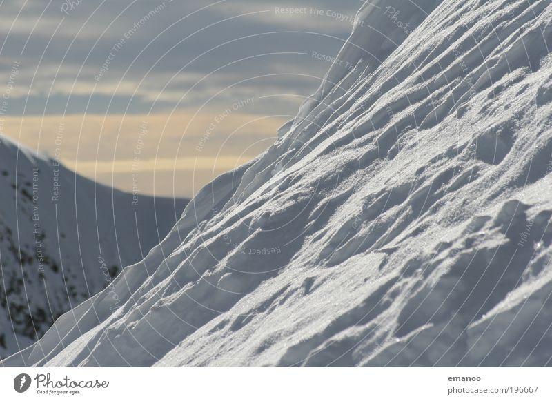 snow is only frozen water Skipiste Umwelt Natur Landschaft Wasser Wetter Eis Frost Schnee Hügel Felsen Alpen Berge u. Gebirge Gipfel Schneebedeckte Gipfel