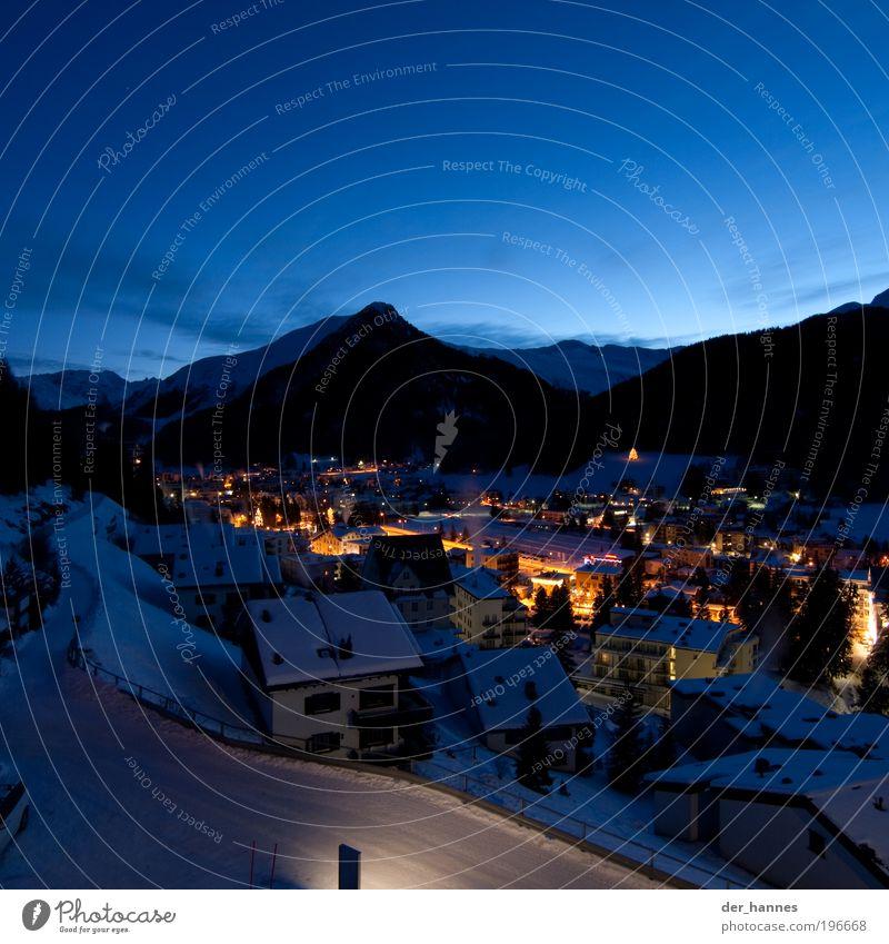 davos Umwelt Himmel Wolkenloser Himmel Horizont Sonnenaufgang Sonnenuntergang Winter Wetter Schönes Wetter Schnee Alpen Berge u. Gebirge Gipfel