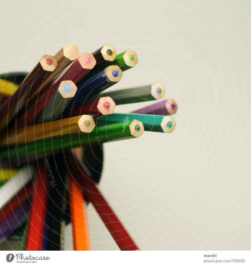 buntes WirrWarr Freude Freizeit & Hobby Kindergarten mehrfarbig Schreibstift Farbstift malen zeichnen Malutensilien Unschärfe Arbeit & Erwerbstätigkeit Farbfoto