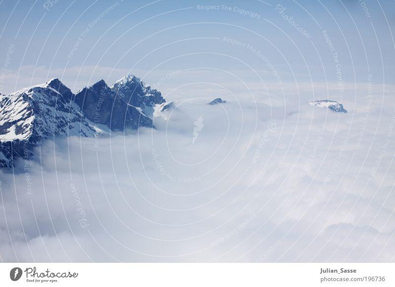 Über den Wolken Umwelt Natur Landschaft Luft Erde Himmel Horizont Sonne Sonnenlicht Winter Engelberg Titlis über den Wolken Berge u. Gebirge ruhig Erholung