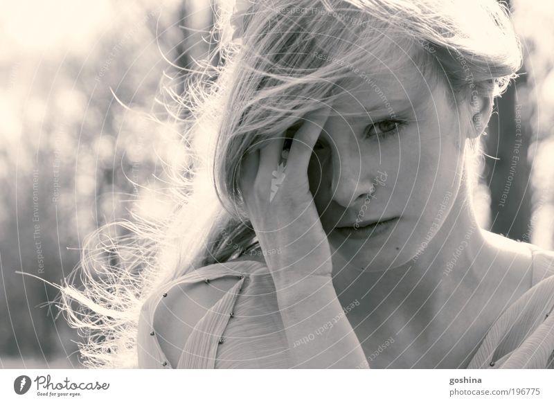 Imaginary Worlds Jugendliche schön Ferien & Urlaub & Reisen Erwachsene Ferne feminin hell elegant frei außergewöhnlich ästhetisch 18-30 Jahre Junge Frau dünn