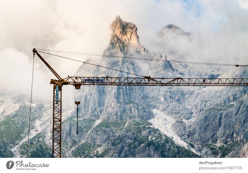 Instandsetzung der Dolomiten Ferien & Urlaub & Reisen Tourismus Ausflug Abenteuer Ferne Freiheit Berge u. Gebirge wandern Umwelt Natur Landschaft Pflanze Sommer