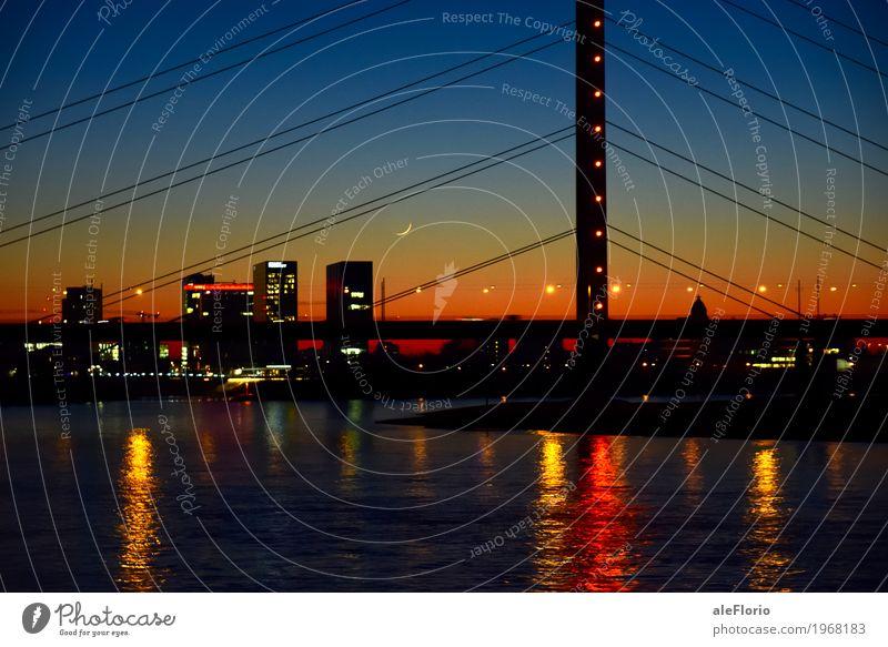 Mondschnitte Himmel Ferien & Urlaub & Reisen blau Stadt Wasser schwarz gelb Gebäude Deutschland Tourismus orange Luft Europa Brücke Turm Fluss