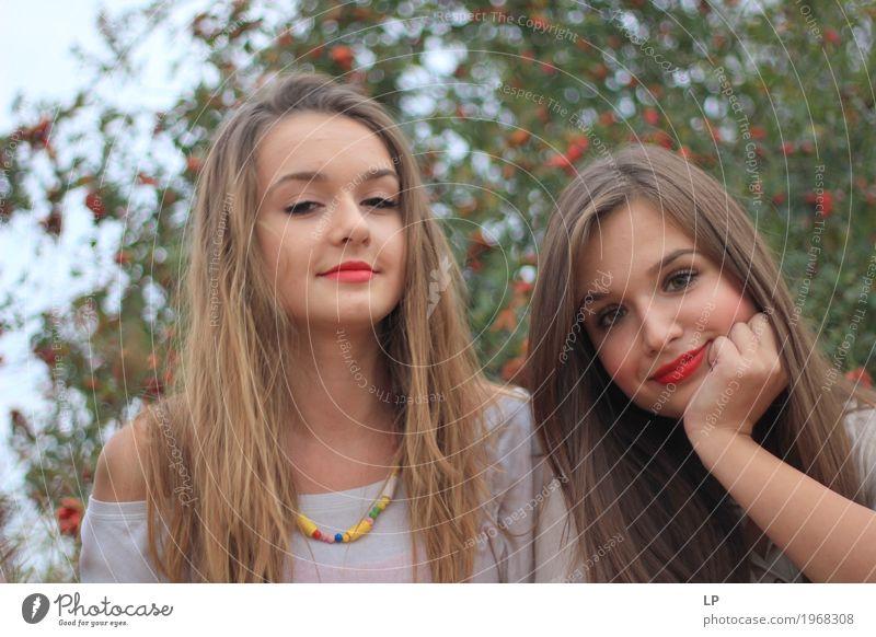 ein paar Freunde Mensch Ferien & Urlaub & Reisen Jugendliche Junge Frau schön ruhig Freude Leben Lifestyle Gefühle feminin Stil Familie & Verwandtschaft