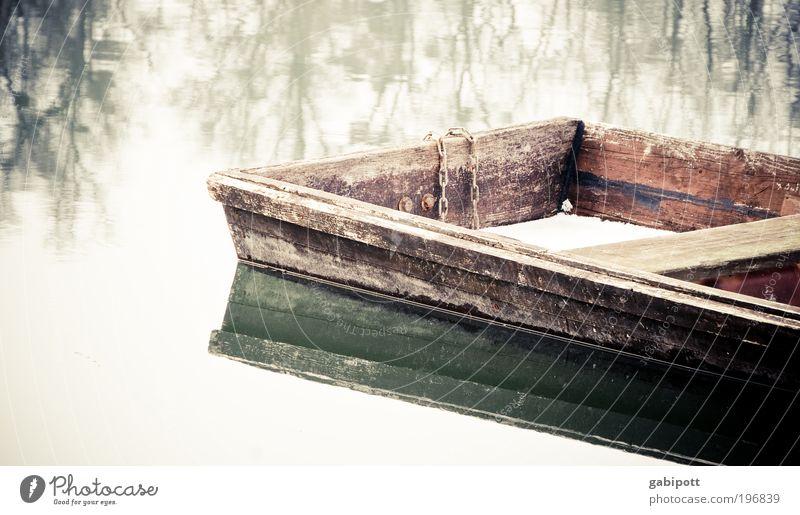 Oliver Natur alt Wasser ruhig Umwelt Holz See Wasserfahrzeug Freizeit & Hobby Wandel & Veränderung Vergänglichkeit Vergangenheit skurril Verfall Angeln Teich