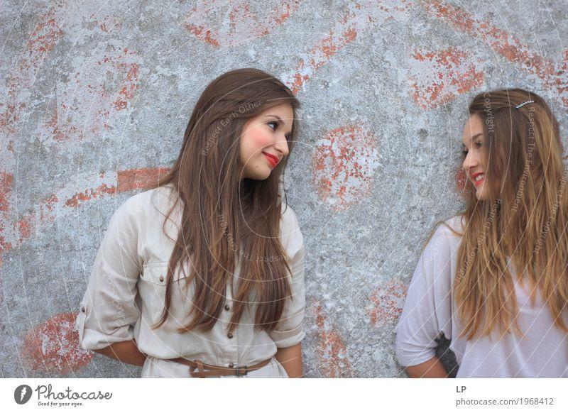 beste Freunde Mensch Ferien & Urlaub & Reisen Jugendliche Junge Frau schön Freude Mädchen Leben sprechen Lifestyle feminin Familie & Verwandtschaft