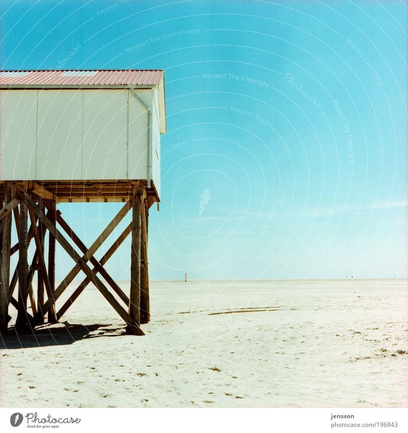 Letztes WC vor Helgoland Himmel Meer Sommer Strand Ferien & Urlaub & Reisen ruhig Einsamkeit Ferne Erholung Freiheit Holz Sand Horizont Ausflug leer Tourismus