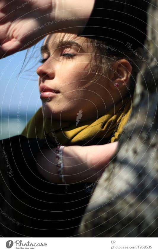 Profil einer jungen Frau Mensch Jugendliche Junge Frau schön Erholung ruhig Gesicht Leben Religion & Glaube Lifestyle feminin Stil Haare & Frisuren Stimmung